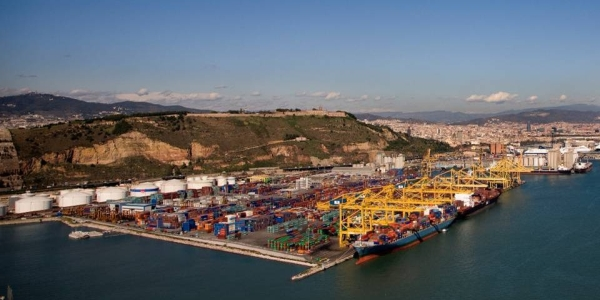 APM Terminals to Buy Grup Maritim TCB